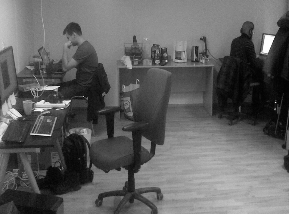 2010 The first office: 30m2, six tables and a coffee maker